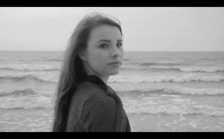 'Dark is the Sea' – Book trailer